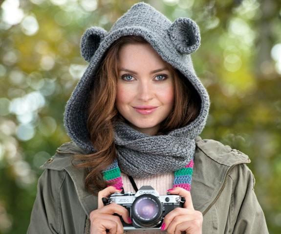 Bear Cowl Knitting Pattern Free : Animal Cowl - Sara Huntington