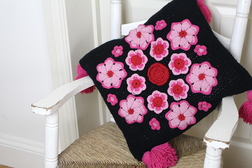 Crochet Rose Mandala Cusion by Sara Huntington